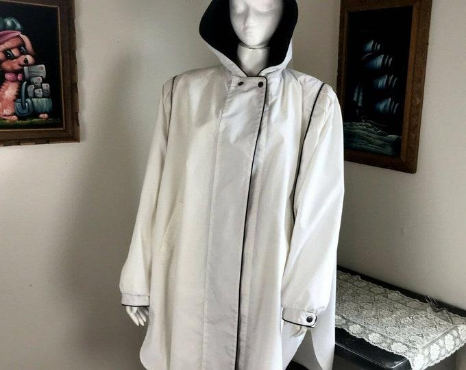 Vintage 80s White Hooded Cape Batwing Dolman Sleeve Coat Windbreaker Plus Size