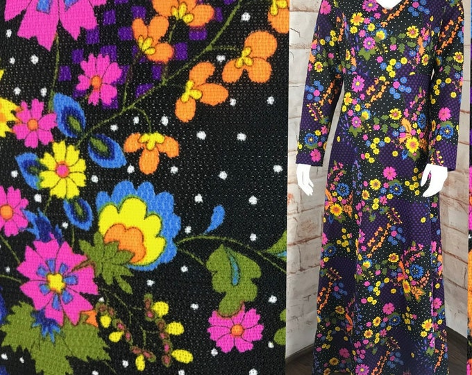 Vintage 70s Flower Power L/XL Polyester Floral Bright Maxi Dress Gown Caftan vtg 1970s Large/XLargw