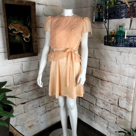 Vintage 70s Peach Chiffon Draped Satin Polyester Mini S Dress Peplum Prom Disco 1970s Small