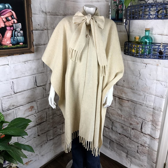 Vintage 70s 80s Cream White OS Wool Fringe Cape Wrap Poncho Long Mid Length Coat One size fits all 1970s Boho