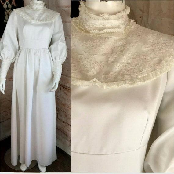 Vintage 70s White Wedding Maxi Lace Polyester Prai