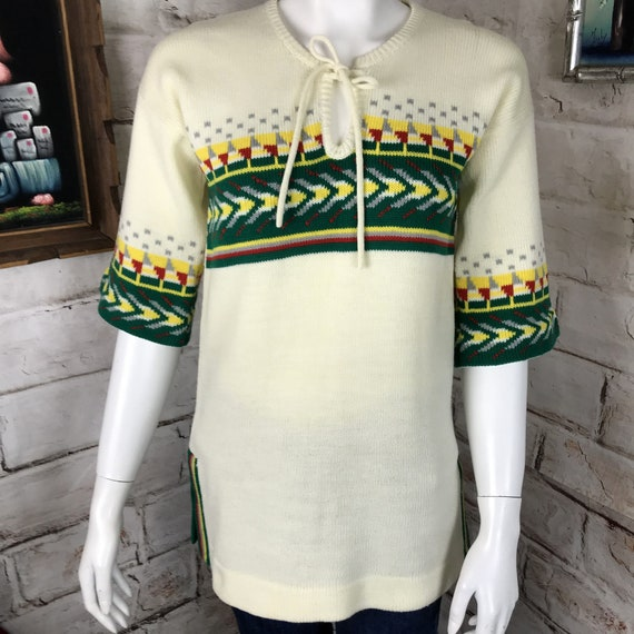 Vintage 70s Womens Cream White Wide Bell Sleeve Geometric Hippie Sweater Acrylic 1970s S Small Southwest Southwestern