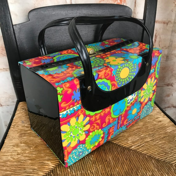 Vintage 60s 70s Rainbow Flower Power Vinyl plastic Box Purse Makeup Case Bag Mod Psychedelic 1960s 1970s bright colorful Fun