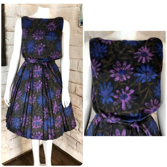 Vintage 50s 60s Floral Box Pleat Pleated Draped Purple Flower Power Full Skirt Dress Small S