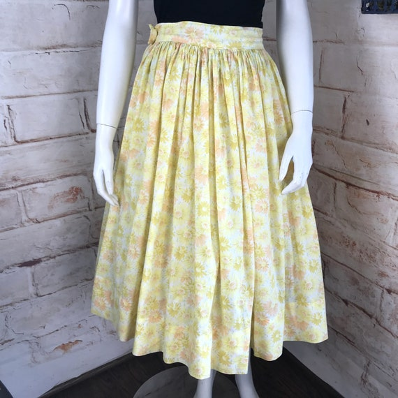 "Vintage 50s Yellow Daisy Yellow Floral Full Midi Skirt XS 24"" 1950s Cotton vtg"