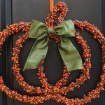 Pumpkin Wreath - Fall Wreath - Berry Wreath - Halloween Wreath