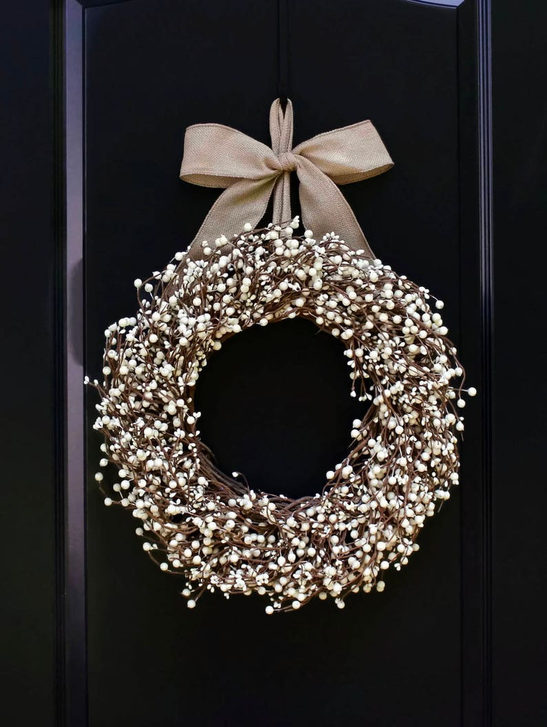 White Everyday Wreath  All Season Berry Wreath  All Season image 0