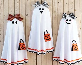 Ghost Door Wreath - Halloween Wreath - Fall Wreath -  Six Face Options - Fall Door Decor - Quick Ship-