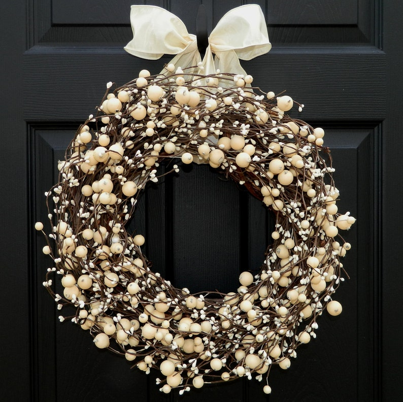 Everyday Wreath   Berry Wreath  All Season Wreath  Choose image 0