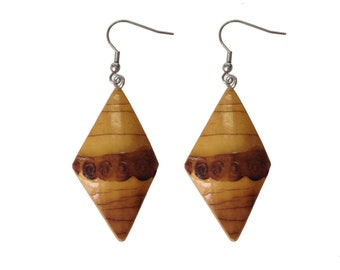 Tiki Diamond Bamboo Earrings (Natural)