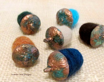 Felted Acorns, Needle Felted Acorns, Fall Decoration, Copper Patina, Wool Acorns, Woodland Decor, Rustic Home Decor, Woodland Centerpiece