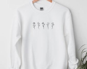 Custom Birth Month Birth Flower Sweatshirt, Christmas Gift Idea for Her, Gift for Mom, Gift for Women, Gift for Grandmother, Flower Shirt