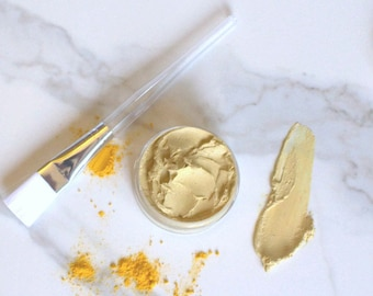 Turmeric and Clay Face Mask for Troubled Skin. Soothe and Balance Skin Tone