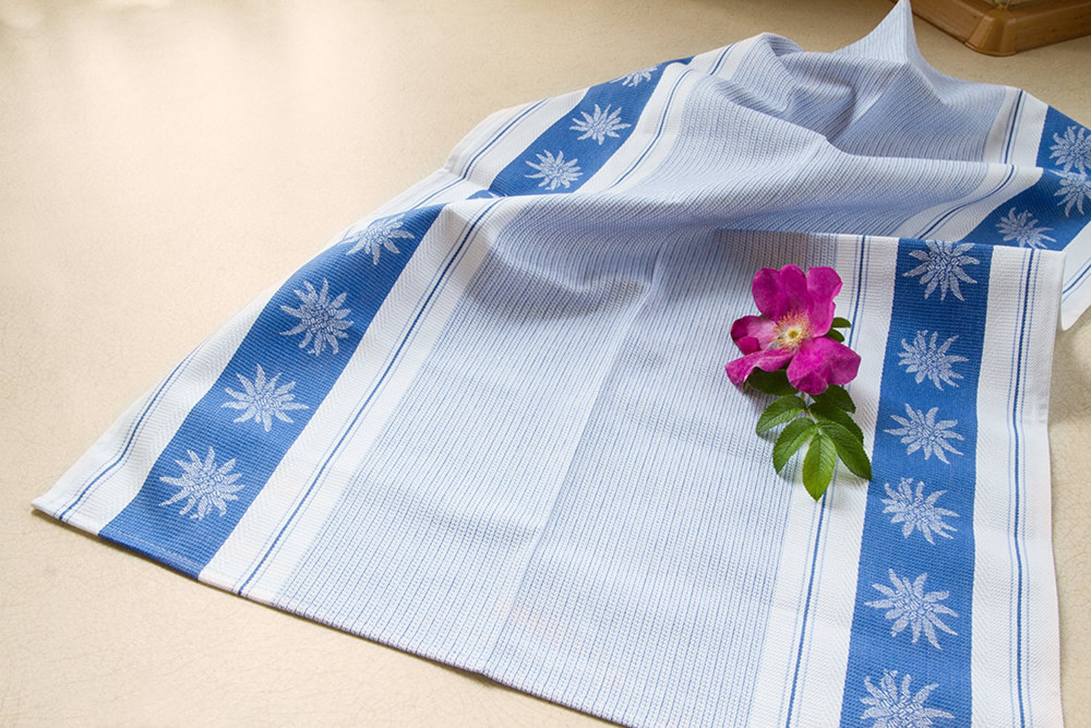 Edelweiss Jacquard Woven Kitchen / Tea Towel