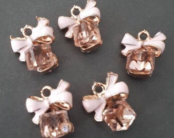 4pcs-20mmX15mm gold tone enamel pink bow charm with faux Pearls-more colors