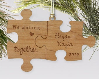 Things Remembered Wood Wreath Christmas Ornament Puzzle