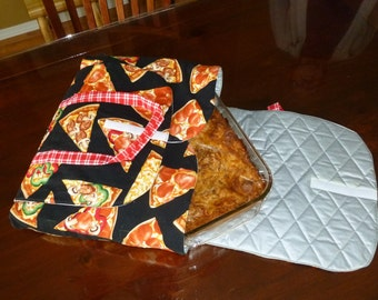 Casserole Carrier in Pizza Pattern Fabric