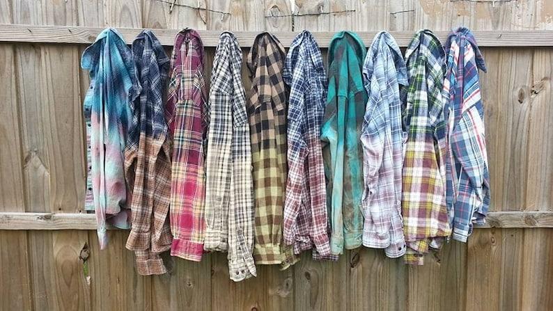 Men/'s Medium Distressed Flannel Shirt Blue Tan