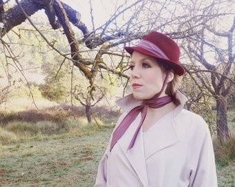 1940s felt hat called Grace Kelly