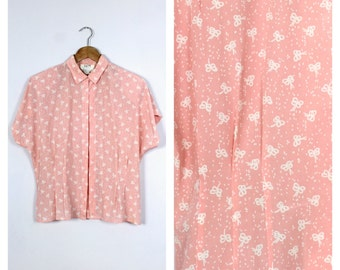 Vintage 1980's Pink + White Bow Print Short Sleeve Blouse L/XL