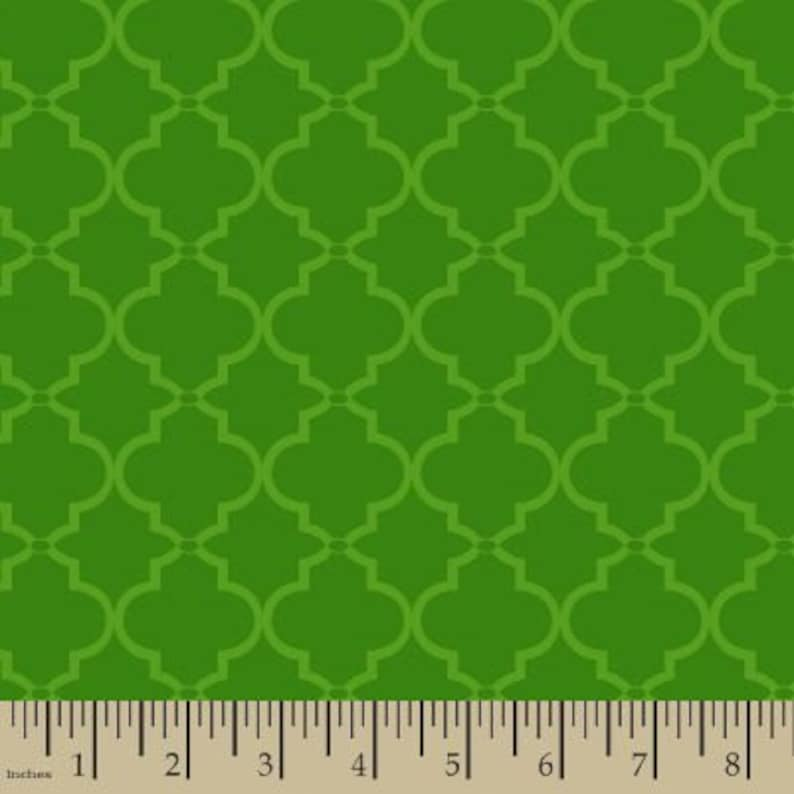 0d285511c3eff 06316 - Springs Creative Products Quilting Basics Lattice in Green - 1/2  yard