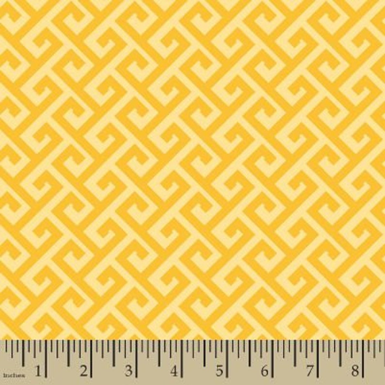 4d474ba01f42d 06329 - Springs Creative Products Quilting Basics Greek Key in Golden color  - 1/2 yard