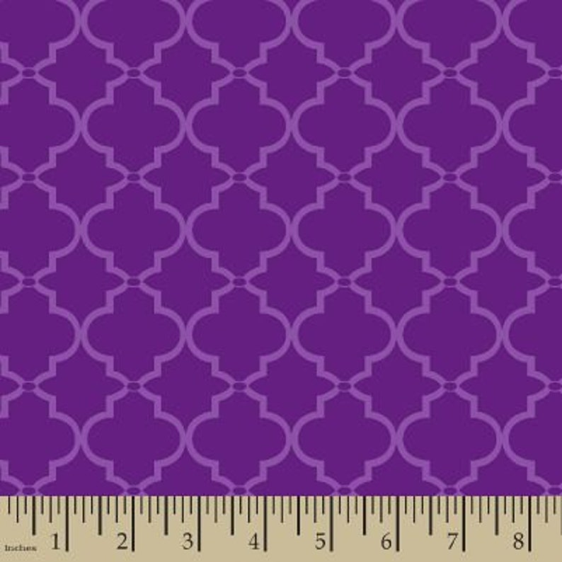 b2dc2ce5ee122 06303 - Springs Creative Products Quilting Basics Lattice in purple - 1/2  yard