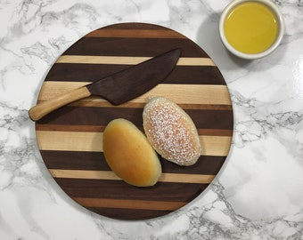Three wood round cutting / cheese board with butter knife set