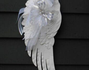 White Angel Wing / Angel Wing Decor / Home Decor / Wall Hanging / Nursery Room Wall Decor / White Christmas Angel Wing / Cottage Chic Decor