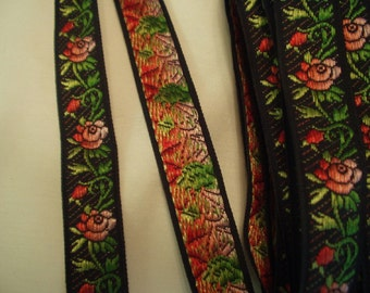 Vintage Black Jacquard woven Ribbon Trim~embroidered Cabbage Roses~1.80 Yd