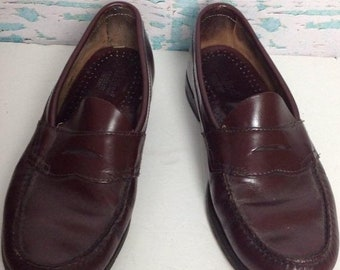 bafea2ed5ca SALE Vintage Bass Weejuns Burgundy Cordovan Leather Slip On Penny Loafers  Mens Shoes Size 7.5 8 8.5 USA Preppy