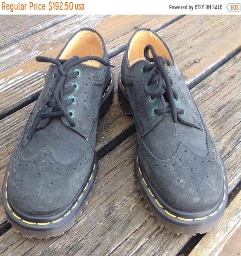 2db4d01af51b SALE Vintage Dr Martens Docs Classic Black Lace Up Oxford