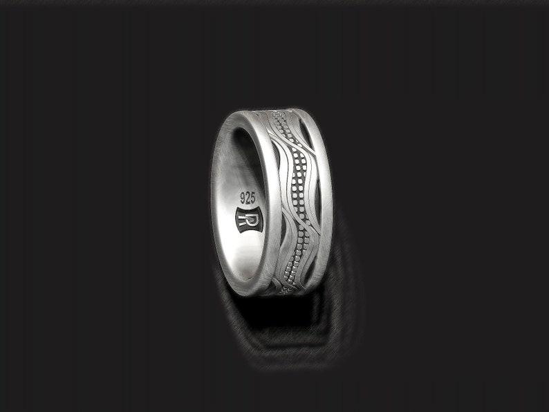 in sterling silver Corn husk ring farmer band