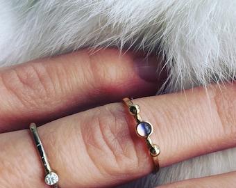 Moonstone ring in 14k gold