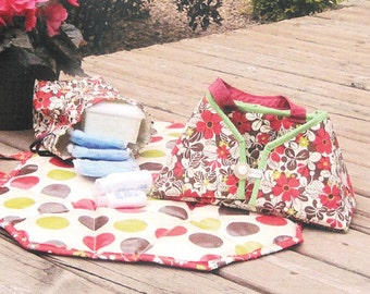 Sewing pattern for Diaper bag and changing pad - Diaper Dock by Sister Common, baby gift