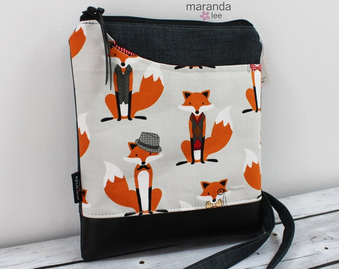 ZOE Messenger Foxes READY to SHIp