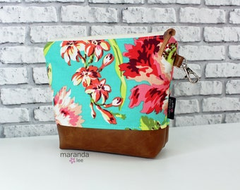 AVA Medium Clutch -Bliss Coral   READy to SHIP