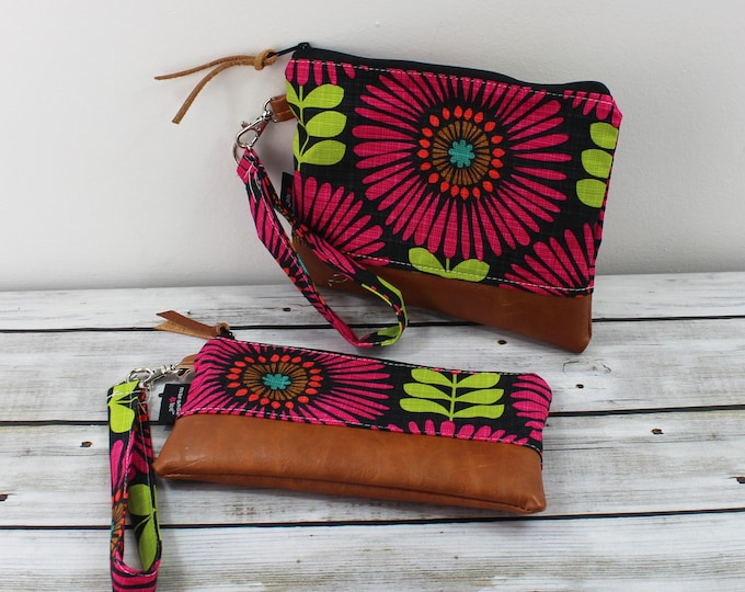 Flat Clutch -Fringed Flowers Pink- READY to SHIP