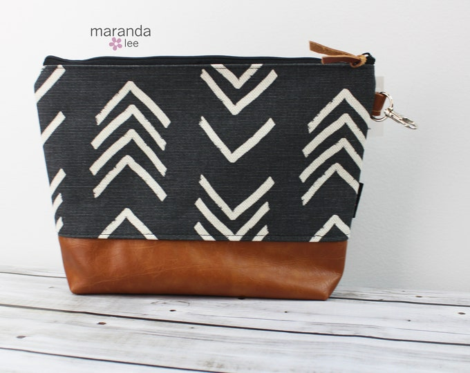 AVA Clutch Large On Point  READY to SHIp