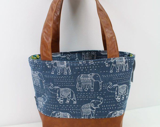 Lulu Medium Tote  Bag Navy Elephants  READy to SHIp Zipper Closure
