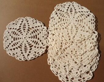 Set of  6 round crochet doilies coaster