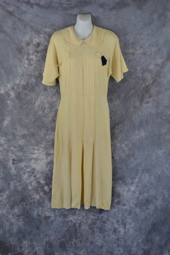 1940s Soft Buttery Yellow Fitted Crepe Dress, Need