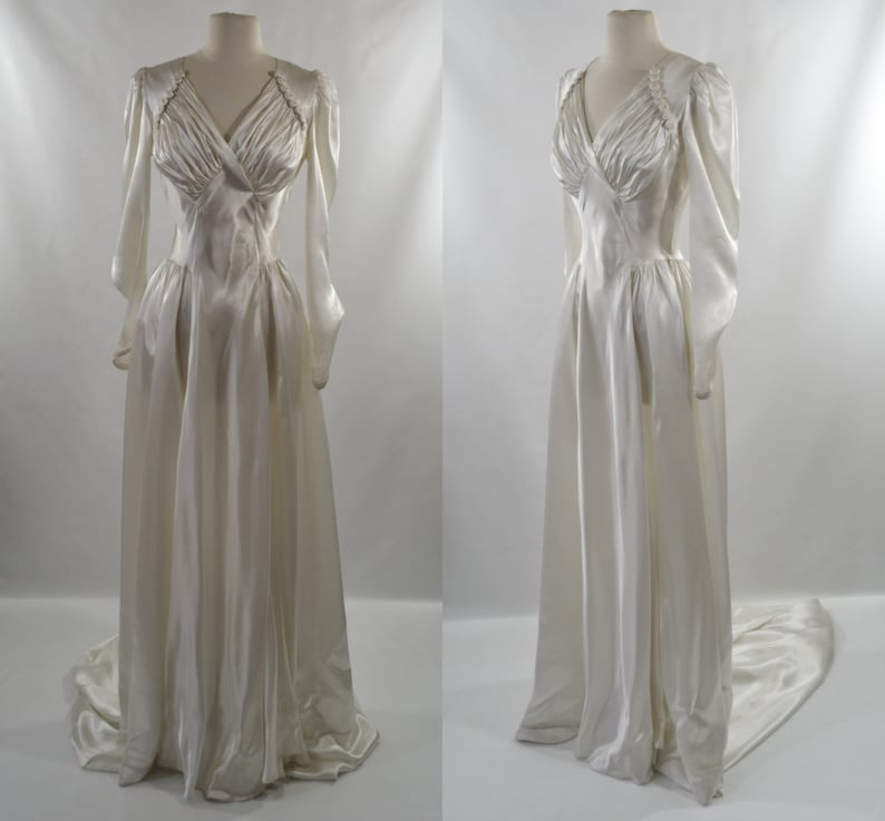 1940s Stunning Ivory Biased Cut Wedding Dress with Train image 0