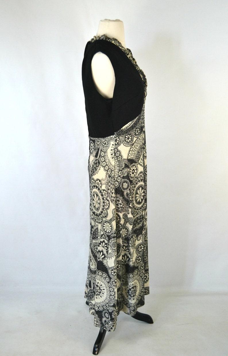 1970s Black and White Paisley Sleeveless Maxi Dress Floor Length