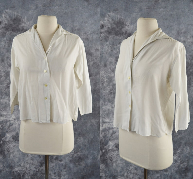 1960s White Basic Blouse with Three Quarter Sleeves by Bobbie image 0