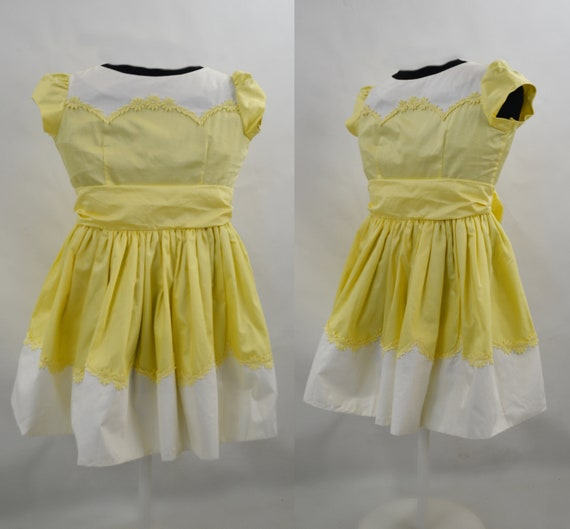 1970s/1980s Girls Buttery Yellow and White Dress b