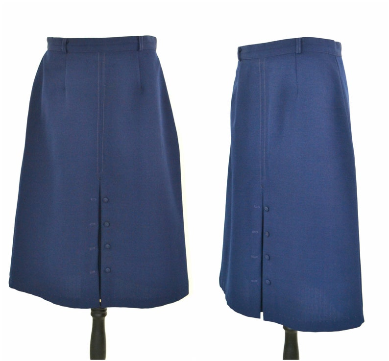 1960s/1970s Navy Blue Knee Length A-Line Skirt Active Wear image 0