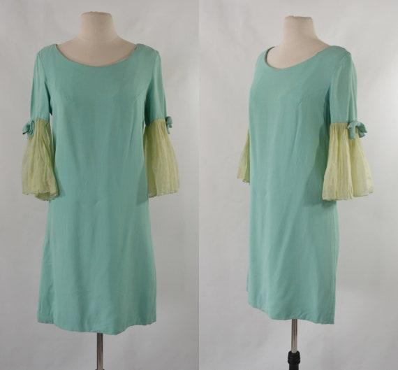 1960s Sea Foam Green Shift Dress with Flared Angel