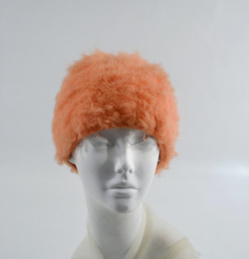 1970s Orange Cream Fuzzy Knit Tam Cap image 0