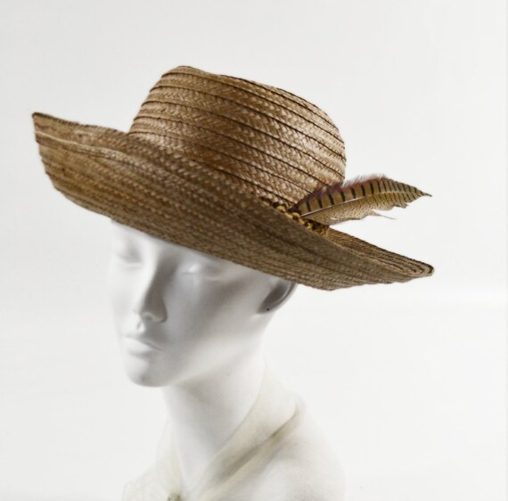 1970s Natural Straw Brimmed Sunhat with Feather, S
